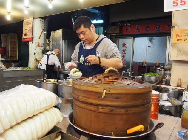 Taipei: Longshan & Hua Xi